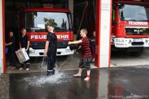 Die obligatorische Wasserschlacht am FGH